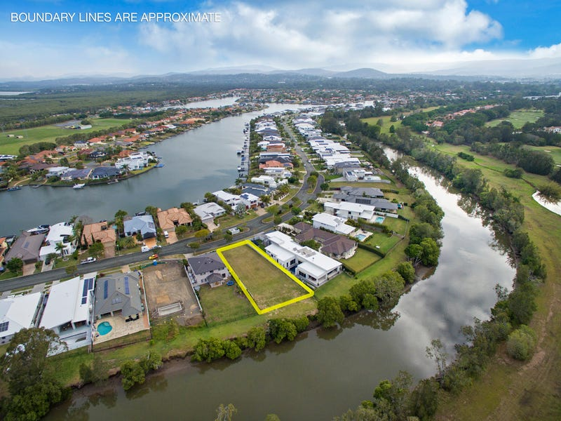 57 The Peninsula, Helensvale
