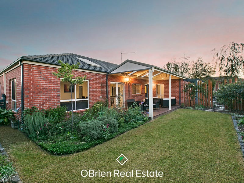 48 Flinders Park Drive, Officer, Vic 3809