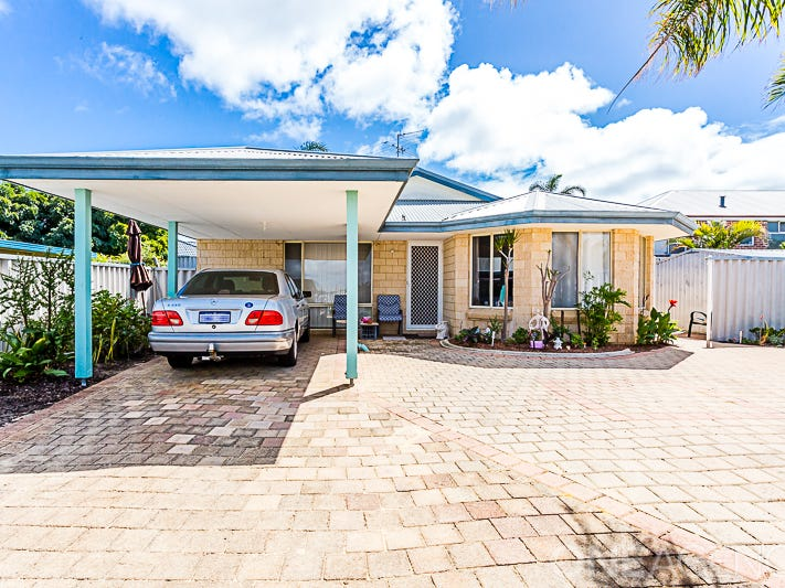 2/3 Selloa Court, Halls Head, WA 6210