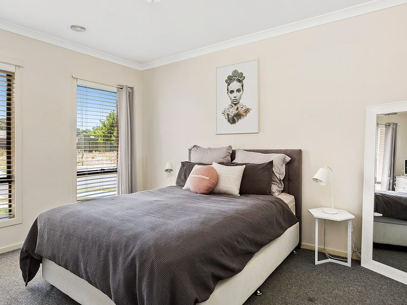 32 Pamela Avenue, Jackass Flat, Vic 3556