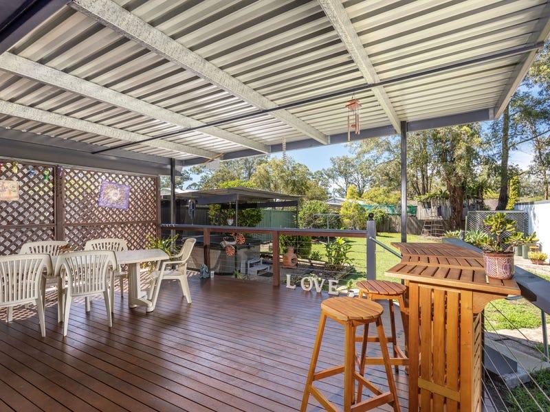 12 Gollan Avenue, Tinonee, NSW 2430