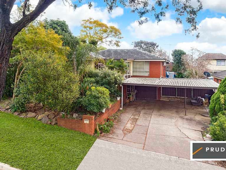 17 Randolph Street, Campbelltown, NSW 2560