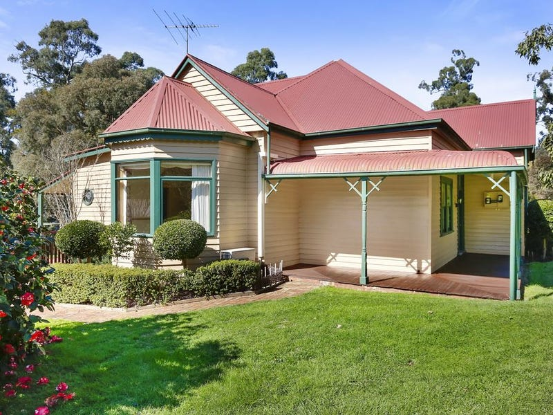 35 Wandin East Road, Wandin North, Vic 3139