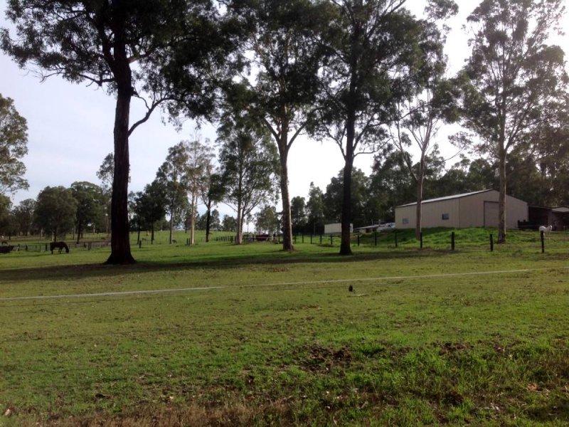 176 Lake Road, Elrington, NSW 2325