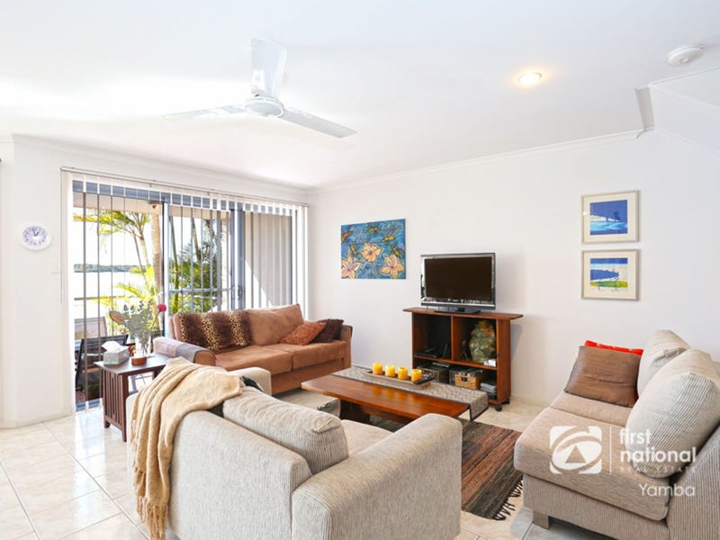 4/7 Edgewater Close, Yamba, NSW 2464