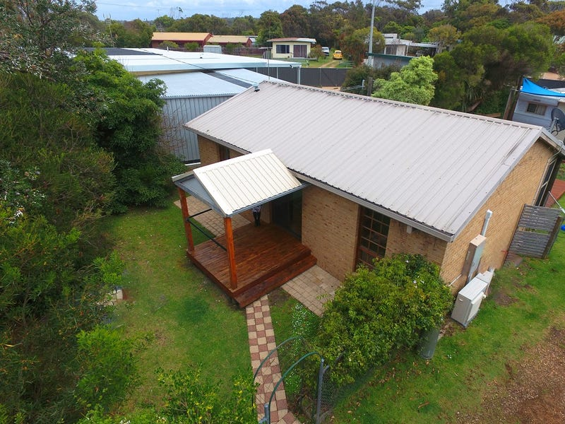 529 Lake Tyers Beach Road, Lake Tyers Beach, Vic 3909