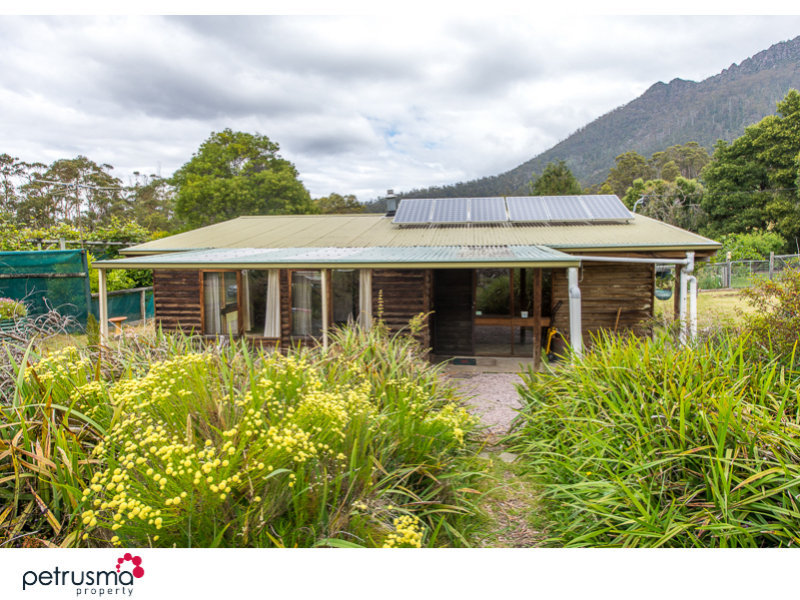 Address available on request, Dromedary, Tas 7030