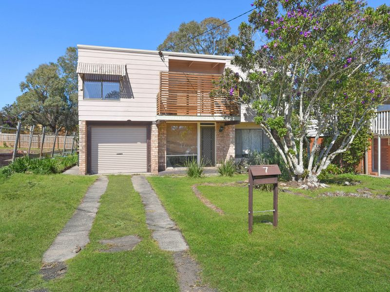7 Eighth Avenue, Toukley, NSW 2263