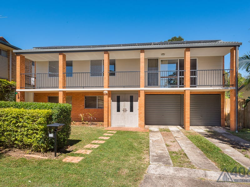 16 Emblem Street, Jamboree Heights, Qld 4074