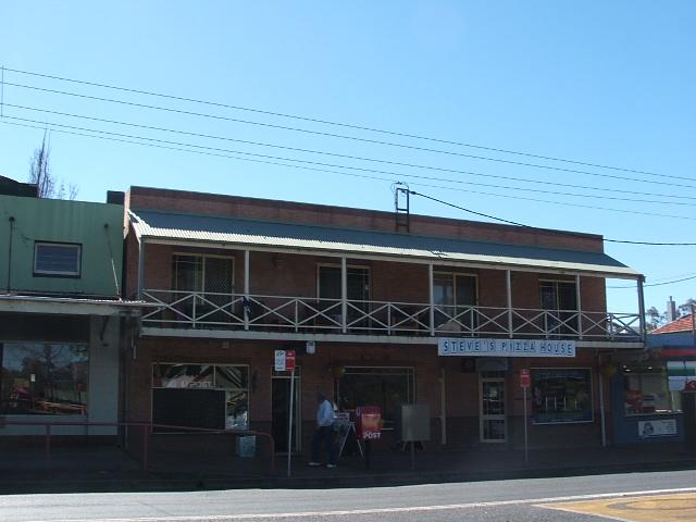 """2/13 """"The Terrace"""" Oaks Street, Thirlmere, NSW 2572"""
