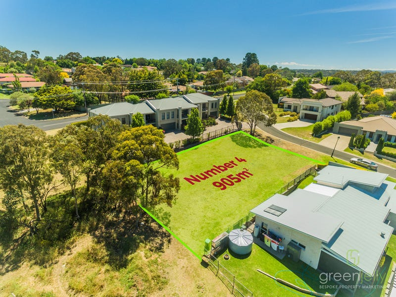 4 Illallangi Close, Armidale, NSW 2350