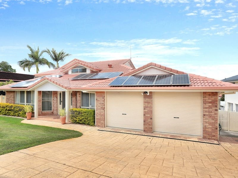 30 St. Andrews Crescent, Carindale, Qld 4152