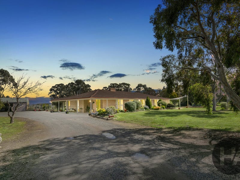 124 Bellellen Road, Bellellen, Vic 3381