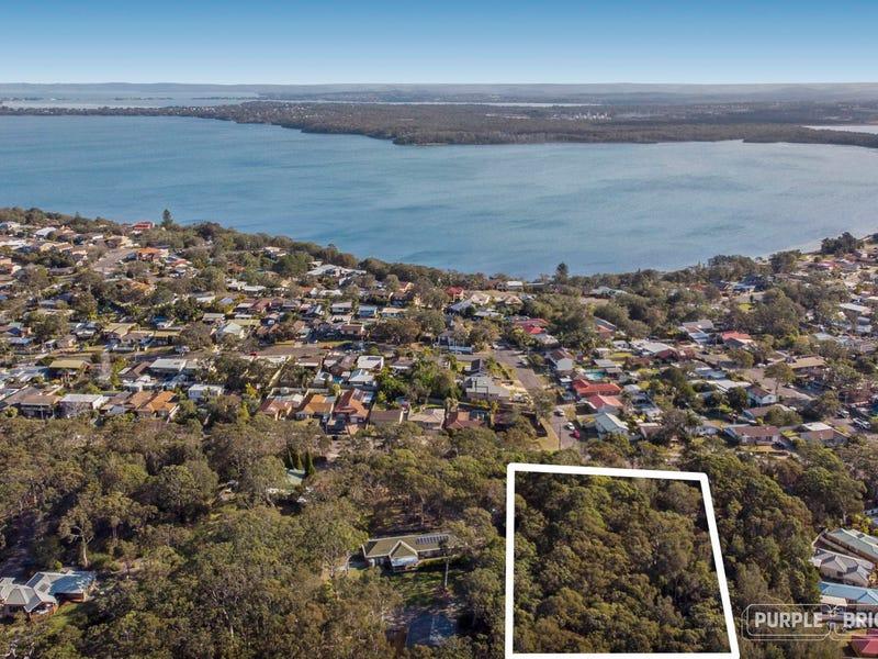 163 Elizabeth Bay Drive, Lake Munmorah, NSW 2259