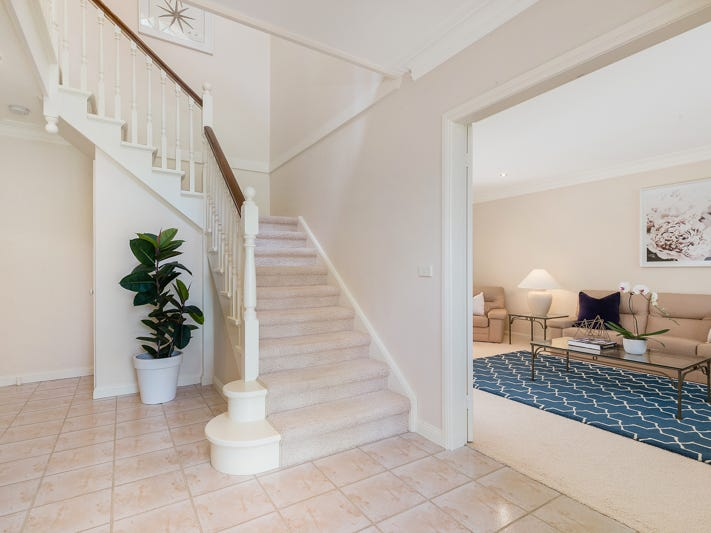 29 Woodbury Road, St Ives, NSW 2075