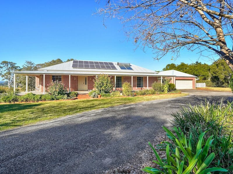 125 The Old Oaks Road, Grasmere, NSW 2570
