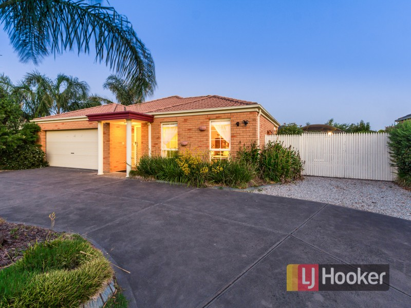 4 Catherine Place, Pakenham, Vic 3810