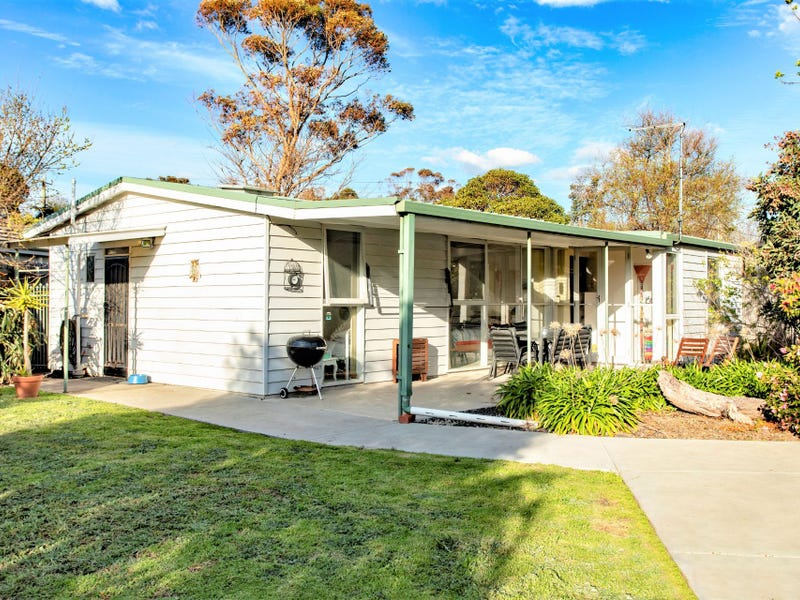 92 Rosslyn Avenue, Seaford, Vic 3198