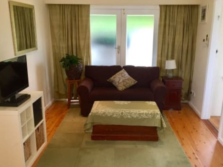 - Canberra Crescent, East Lindfield