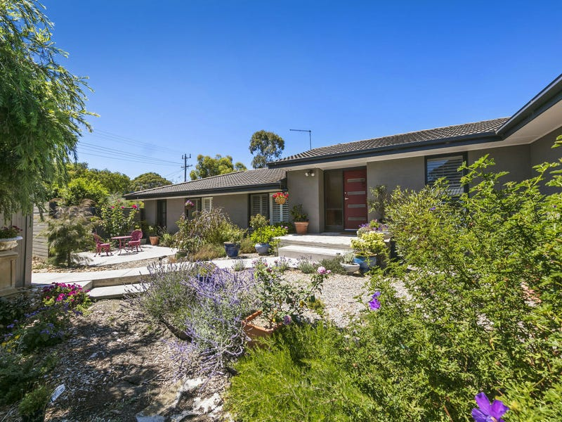 8 Tower Hill Road, Somers, Vic 3927