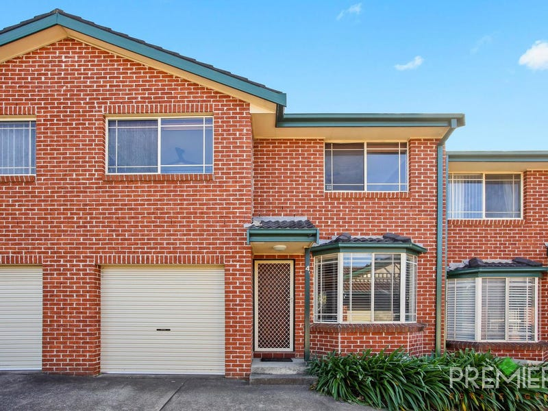 4/99 Hurricane Drive, Raby, NSW 2566