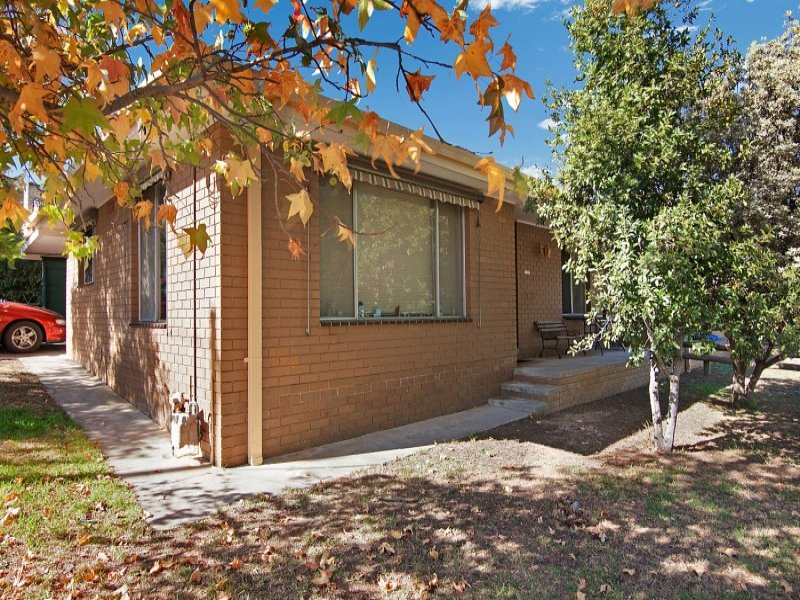 1/29 Harkness Street, Quarry Hill, Vic 3550