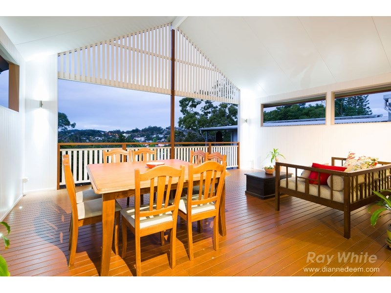 22 Marvin Street, Holland Park West, Qld 4121