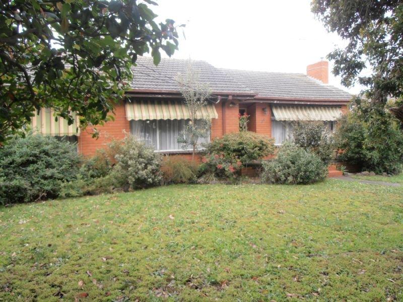 26 Charles Avenue, Hallam, Vic 3803