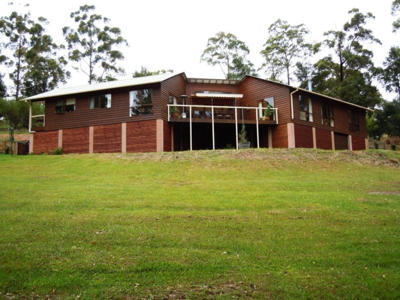 41 MacArthur Drive, Falls Creek, NSW 2540