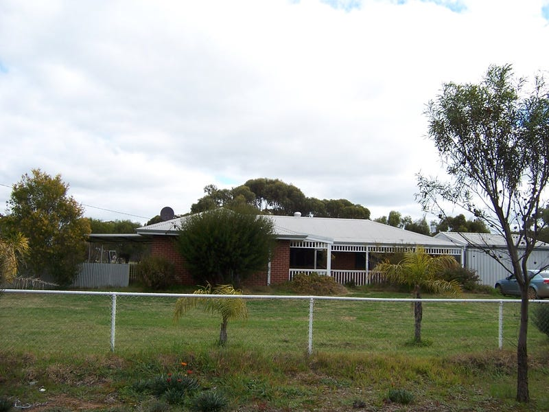 54 Johnston, Wagin