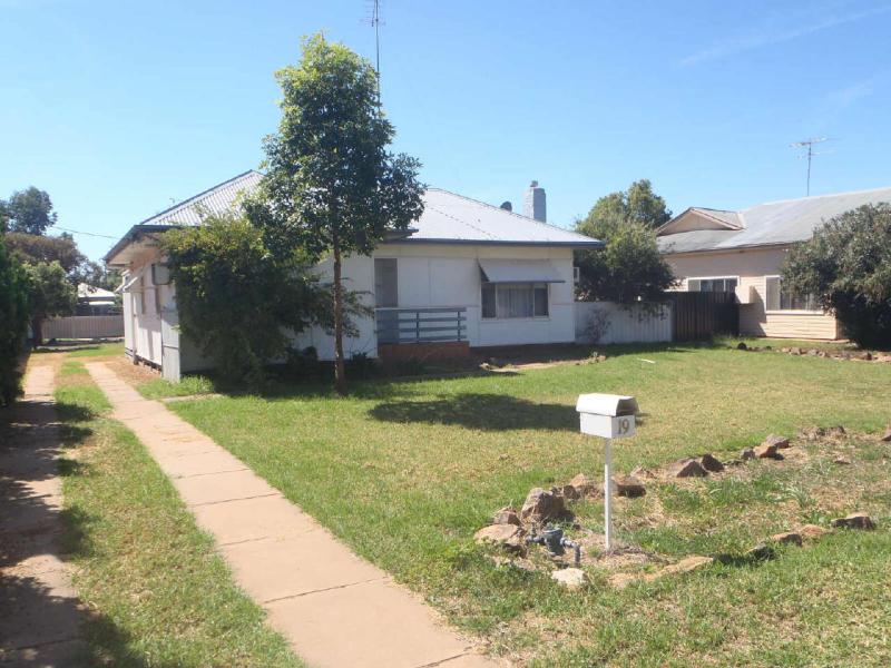 19 Condamine Street, Ungarie, NSW 2669