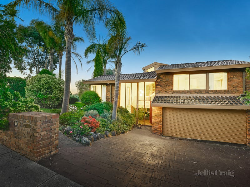 1 Hallifax Court, Doncaster East, Vic 3109