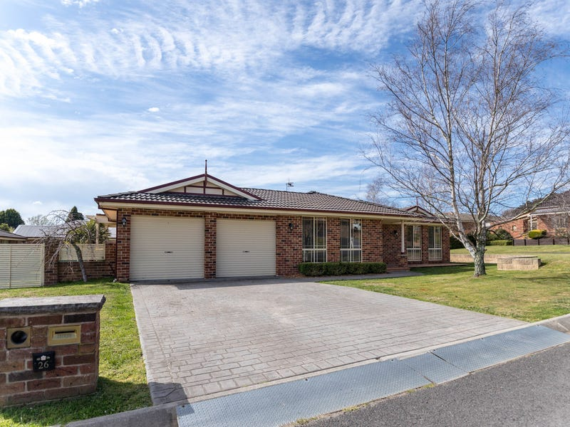 1 Protea Place, South Bowenfels, NSW 2790