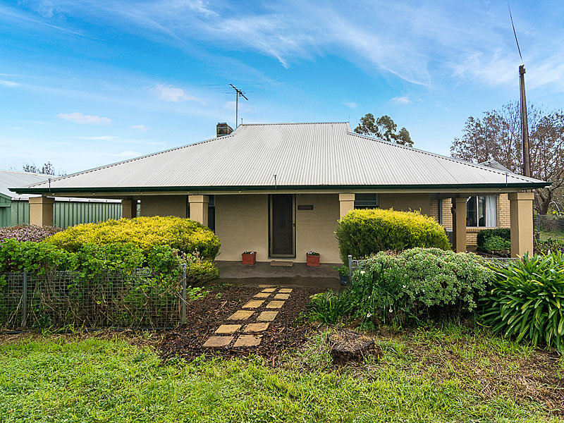 142 Berry Road, Chapel Hill, SA 5153