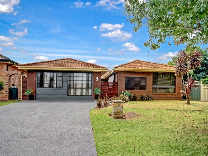 8 Windsor Crescent, Brownsville, NSW 2530