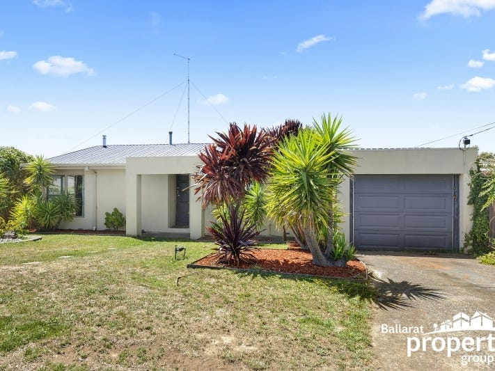 1209 Geelong Street, Mount Clear, Vic 3350