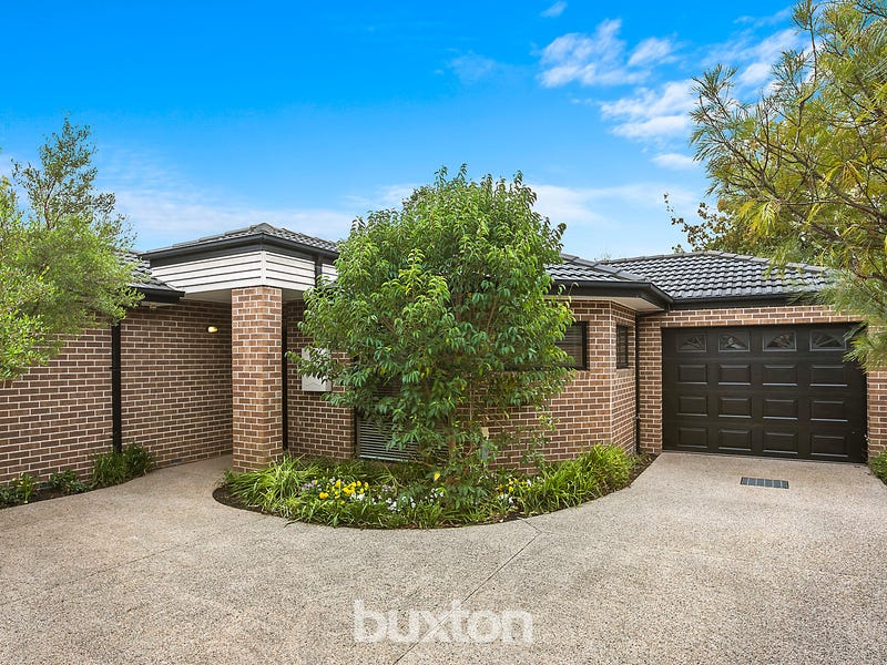2/17 Barrington Street, Bentleigh East, Vic 3165