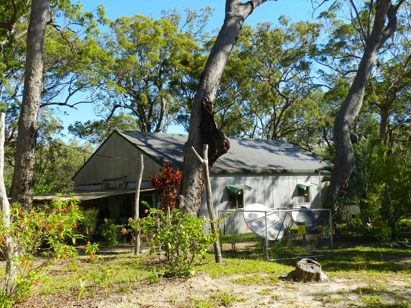 Address available on request, Round Hill, Qld 4677
