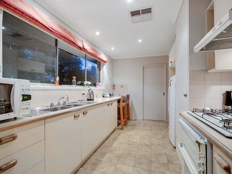 3 Milford Crescent, Frankston, Vic 3199