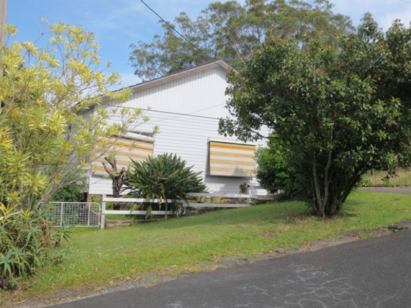 14 Batley Street, West Gosford, NSW 2250