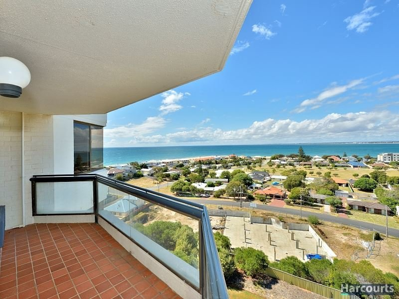30/6A Valley Road, Halls Head, WA 6210