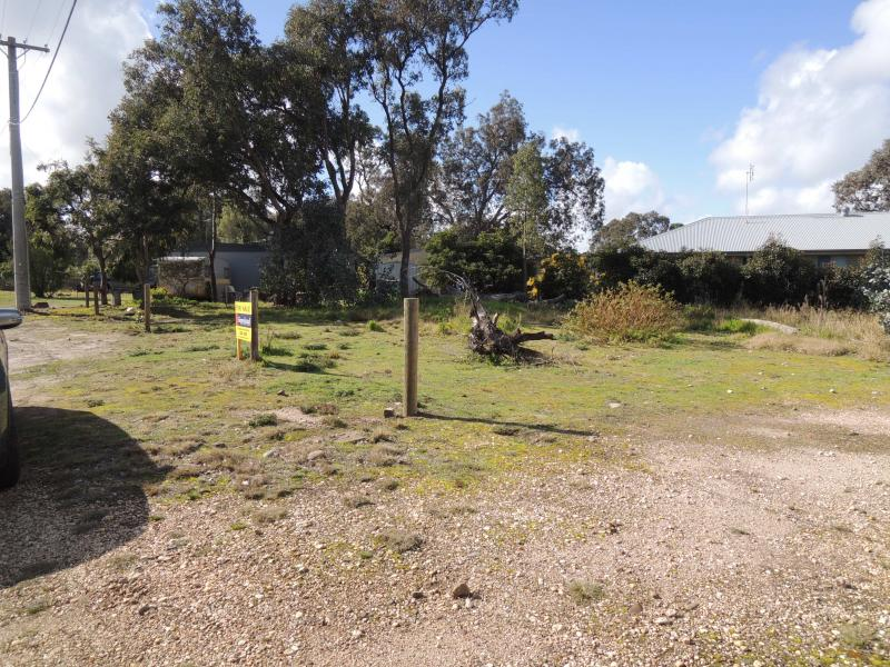 33 Gillum Road, Coongulla, Vic 3860