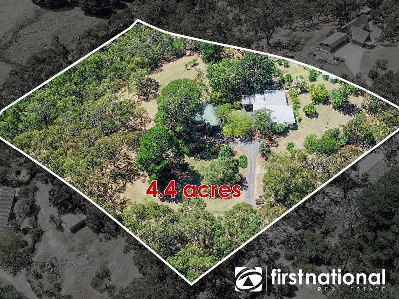 596 Oneil Road, Beaconsfield, Vic 3807