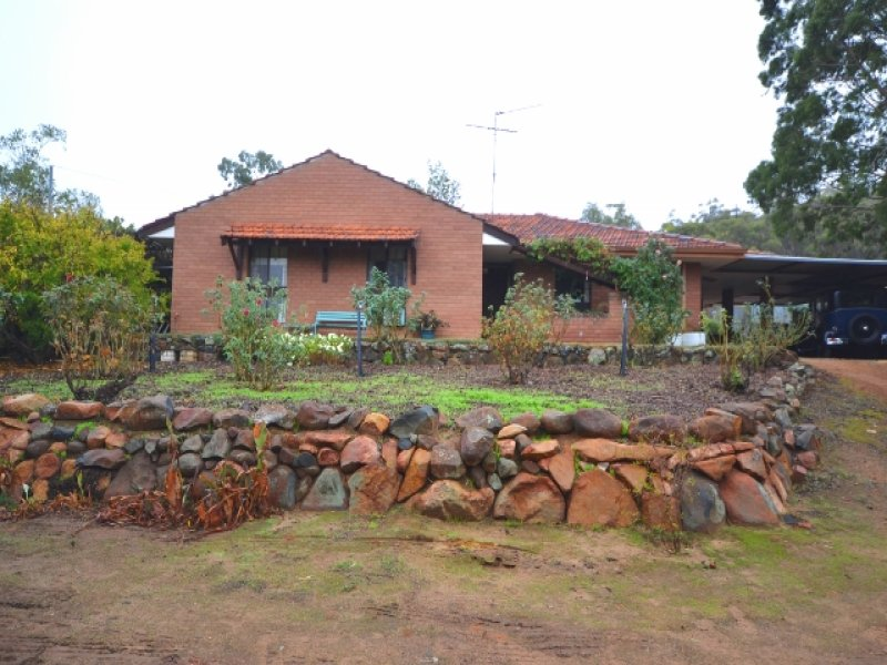 Address available on request, Mokine, WA 6401