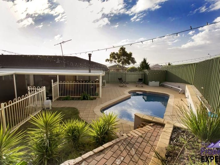 26 Kurrambi Crescent, Hallett Cove, SA 5158