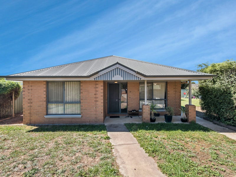 2 Watts Court, White Hills, Vic 3550