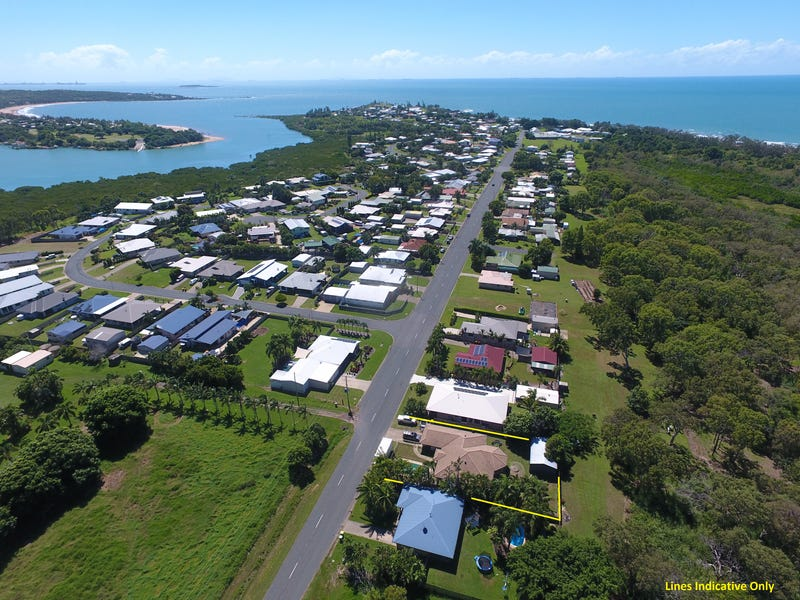61 Campwin Beach Road, Campwin Beach, Qld 4737