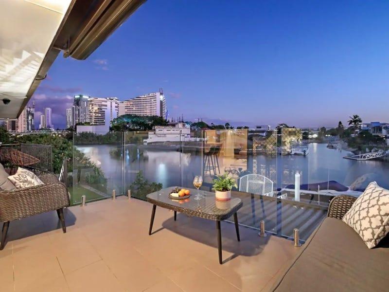 15 Miami Key, Broadbeach Waters, Qld 4218