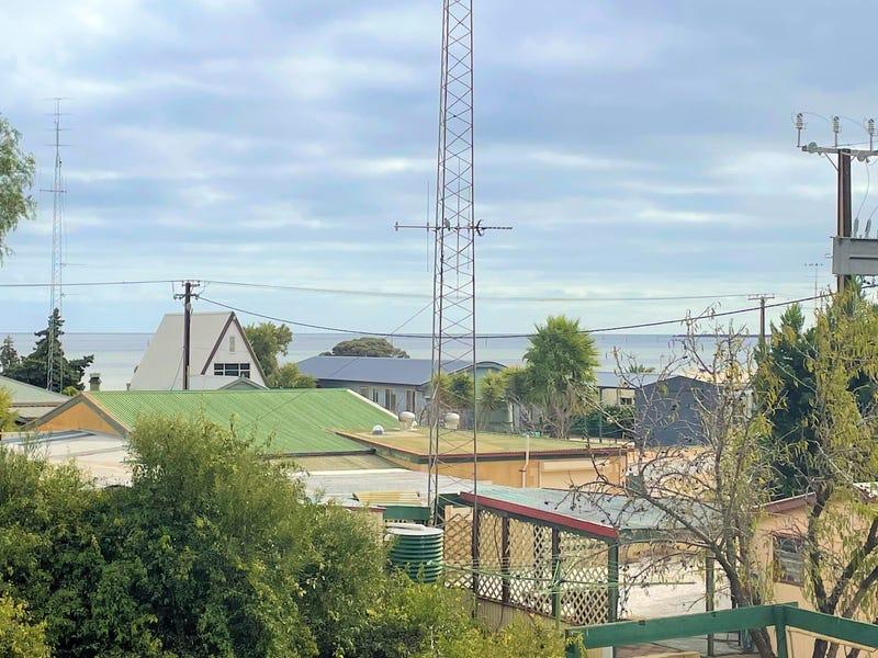 111 Fisherman Bay Road, Port Broughton, SA 5522