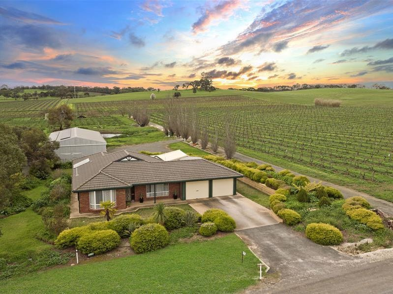 102 Mattiske Road, Stone Well, SA 5352